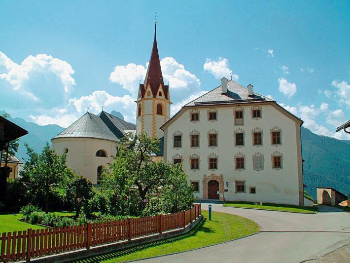 Pfleggerichtshaus Schloss Anras