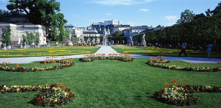 Salzburg_Mirabellgarten in Salzburg.jpg