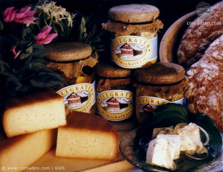 Tirol_Brot und Käse.jpg