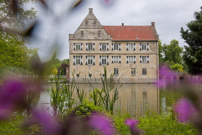 NRW_ Burg H.jpg