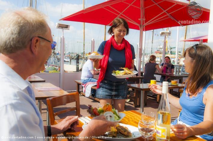 Schleswig_Fischessen (2).jpg