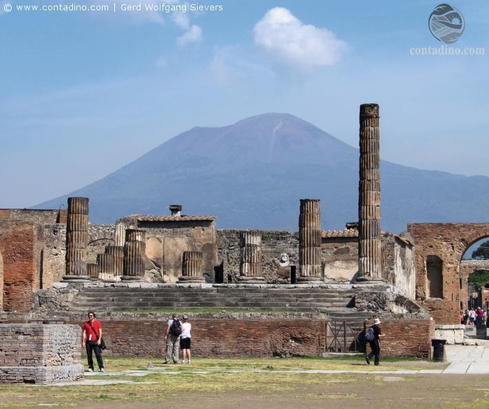 pompeji mit Vesuv