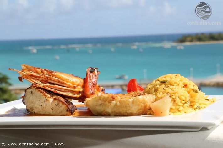 Garnele und Thunfisch mit kreolischem Reis