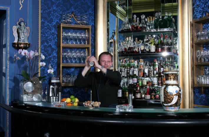 Sacher_Blaue Bar 130605.JPG