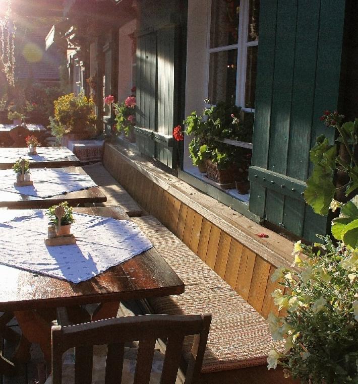 Abendstimmung in der Fischerhütte am Toplitzsee