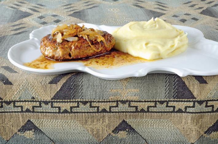 Kalbs-Butterschnitzel mit Püree