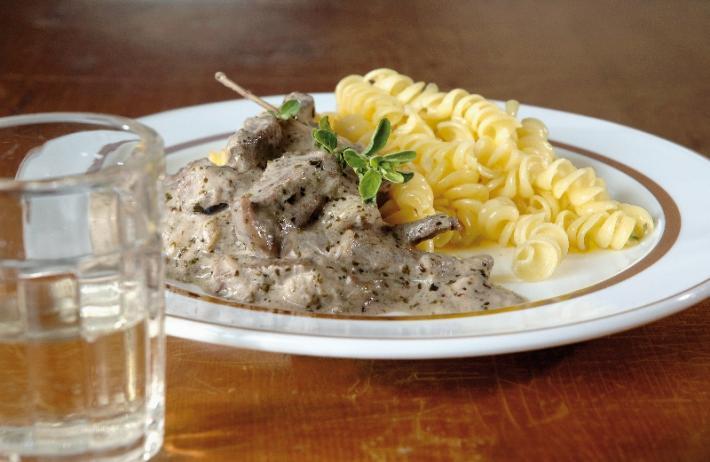 pannonisches majoranfleisch