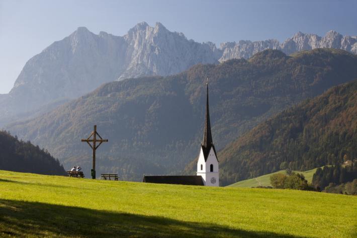 Kaiserwinkl_c-bernhard-bergmann-kirche.jpg