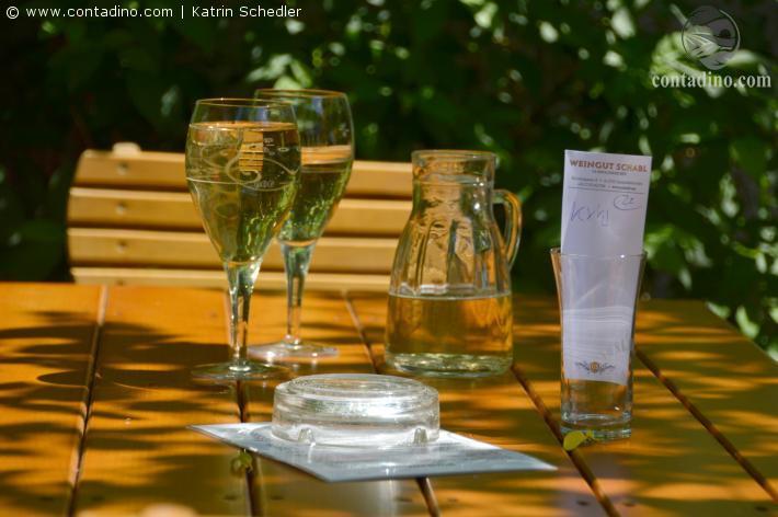 Hervorragende Weine laden zum Genießen ein