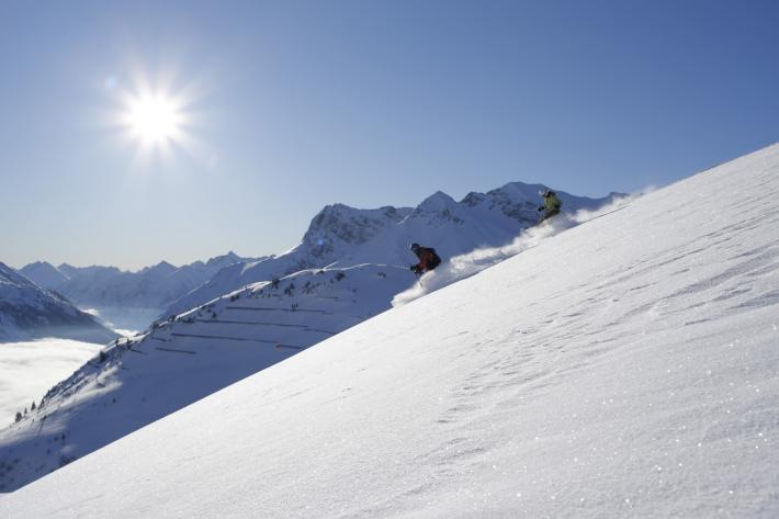 Bregenzerwald_Skifahren+©+Adolf+Bereuter_Bregenzerwald+Tourismus.jpg