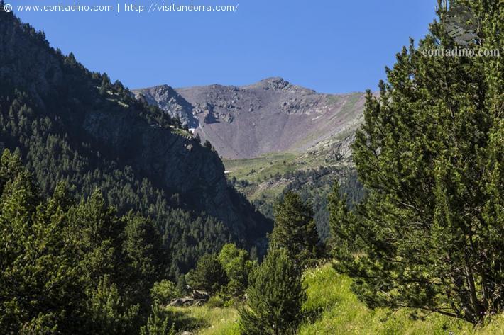 Andorra_Cabana de la Vall del Riu Hut.jpg